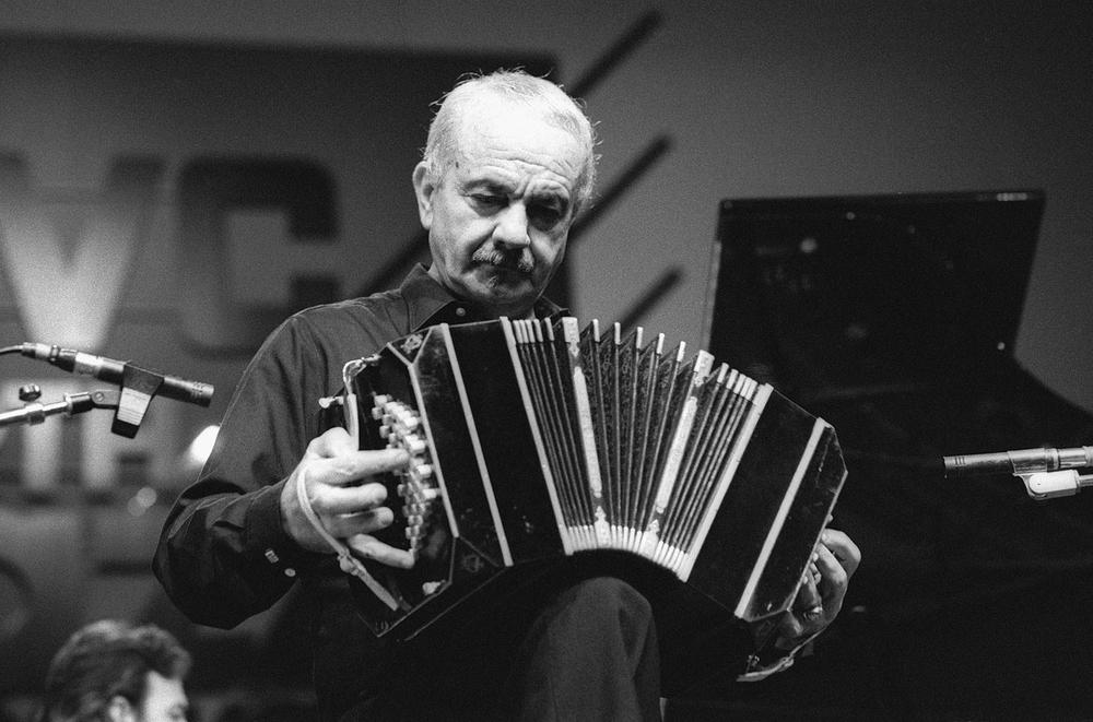 Astor-Piazzolla-1985-billboard-1548-compressed